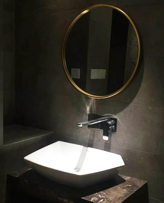 水鹿卫浴-洗面-面盆龙头-SUIRO墙出水面盆龙头——小飞